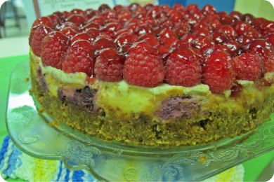 Whit Chocolate Raspberry Cheesecake