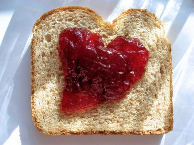 14-Lovely-Hearts-for-St-Valentines-day-sandwich